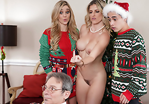 Elude The Xmas Lights Tied In excess of - Overprotect Cory Chase In the porn scene
